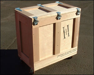 Crates with casters, hinged lid display logo