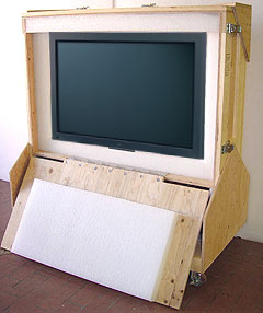 Flat Panel TV Crate with Television